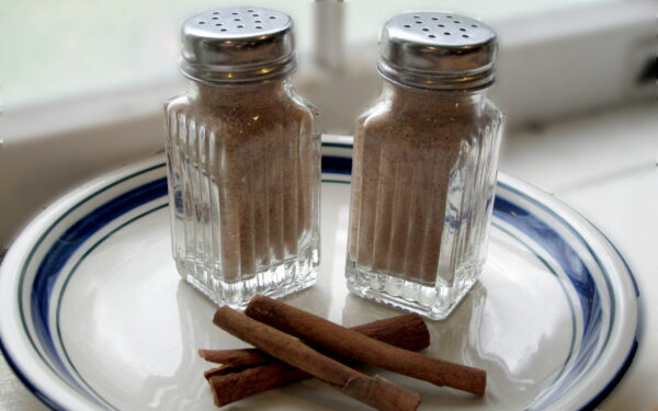 Two shakers full of Cinnamon Kidsweet™